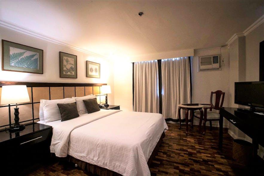 A suite in Sugarland Hotel