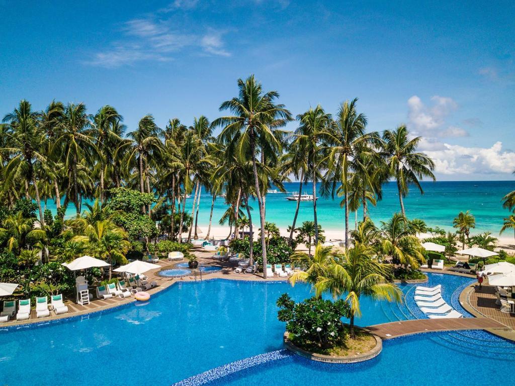 Movenpick Resort & Spa Boracay with Beach View