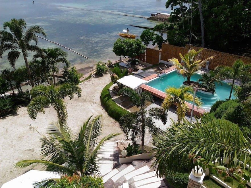 Lorelei Beach Resort's beachside pool
