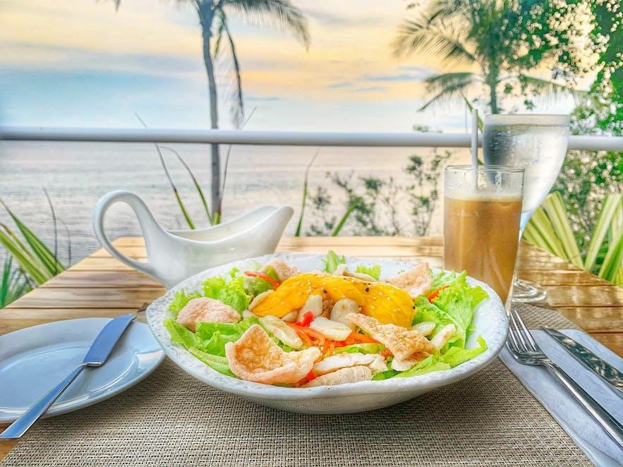 Tarsier Paprika's salad