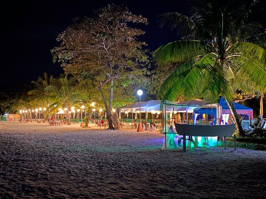 Quinale Beach Bar at night