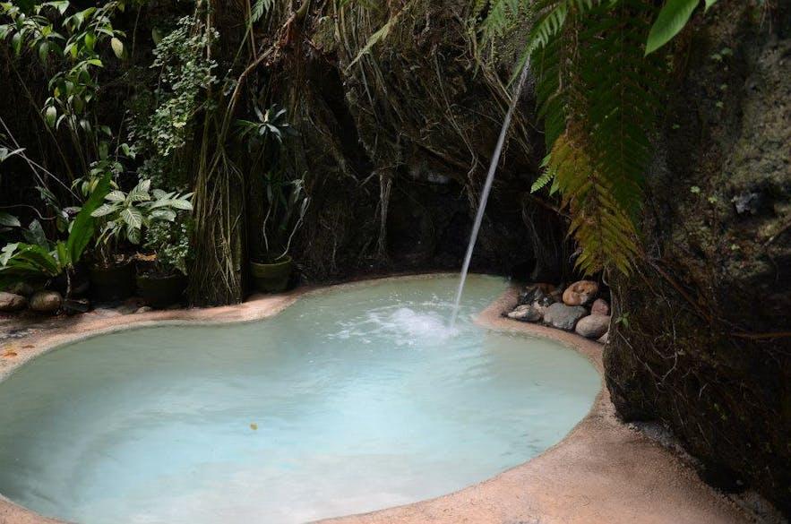 Esoy Hot Spring's pool