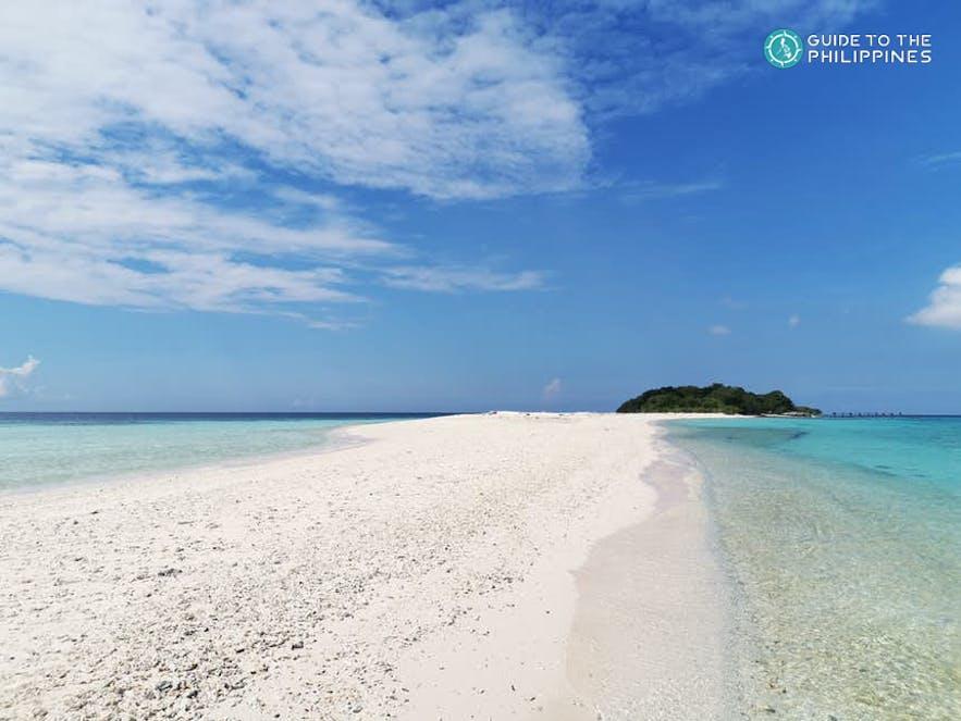 Sta. Cruz Island's sandbar