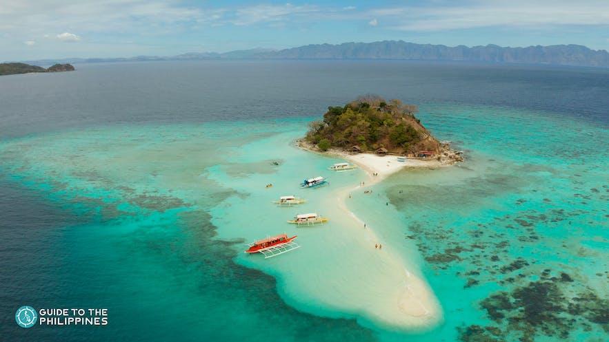 Aerial view of Bulog Dos Island's sandbar