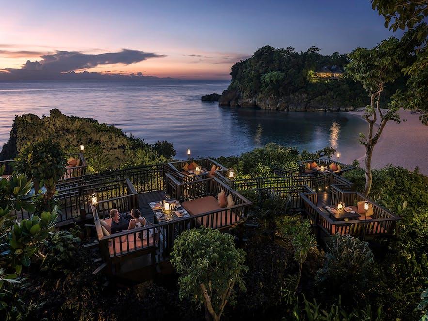 Couple dining at Shangri-La Boracay's Solana restaurant
