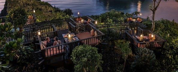 Couple dining at Shangri-La Boracay's Solana restaurant - Copy.png