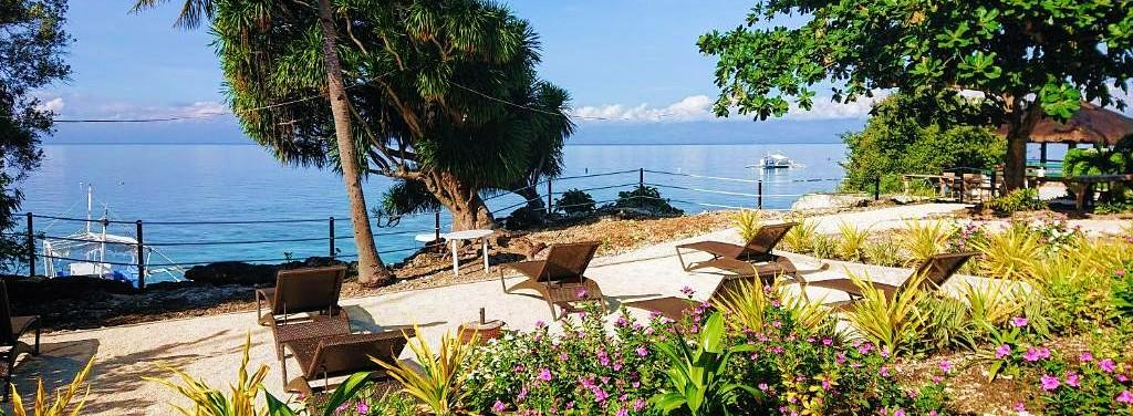 Cebu Seaview Dive Resort Overlooking the Beach