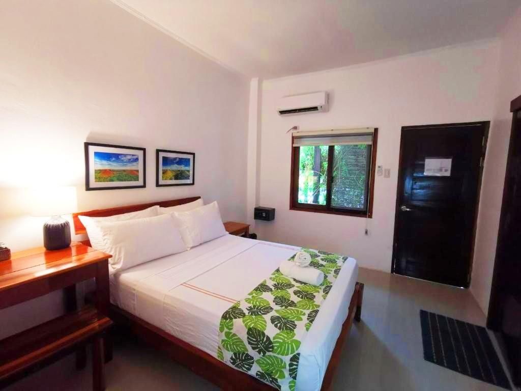 Inside the Standard Double Room at Vivo Inn Siargao
