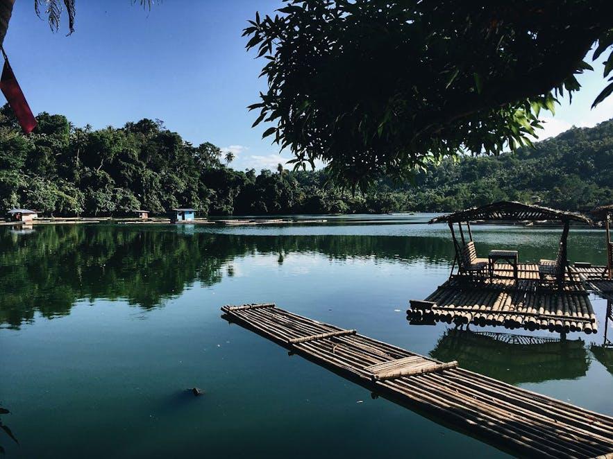 Bamboo rafts on Lake Muhikap