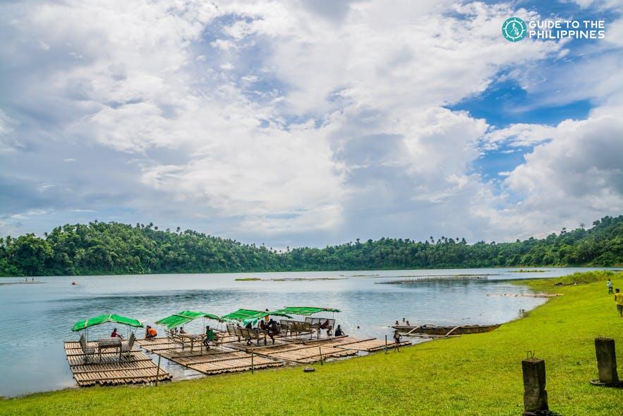 Bamboo rafts on Yambo Lake