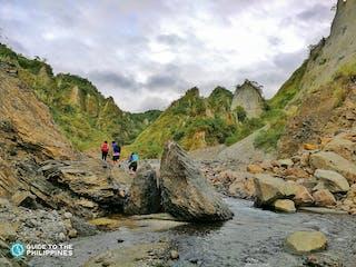 Top_Hikers in Mt. Pinatubi.jpg